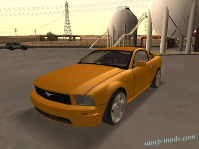 2005_Ford_Mustang_GT